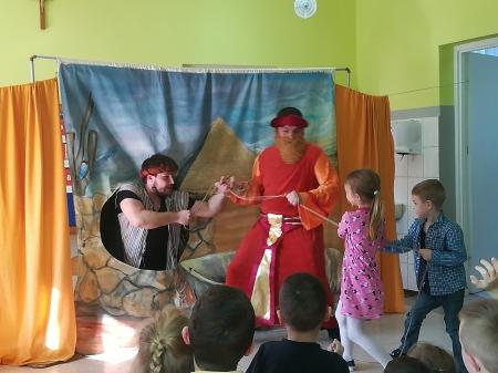 Odwiedziny teatrzyku EDEN